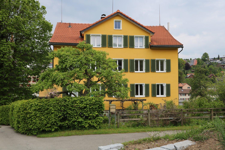 Sportplatzstrasse 9