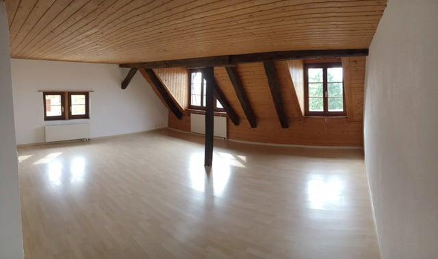Miete: heimelige Wohnung im Riegelhaus
