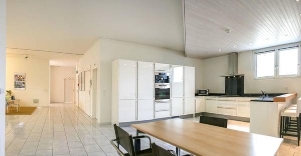 Helles Loft Penthouse Wohnen Buro Reinach Bl Rent Office
