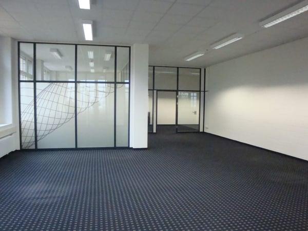 Moderne Und Ausgebaute Büroräume Mit Direktem Autobahnanschluss
