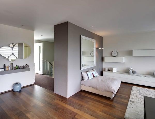 Grosszugige Moderne Terrassenhaushalfte Mit Weiter Gruner