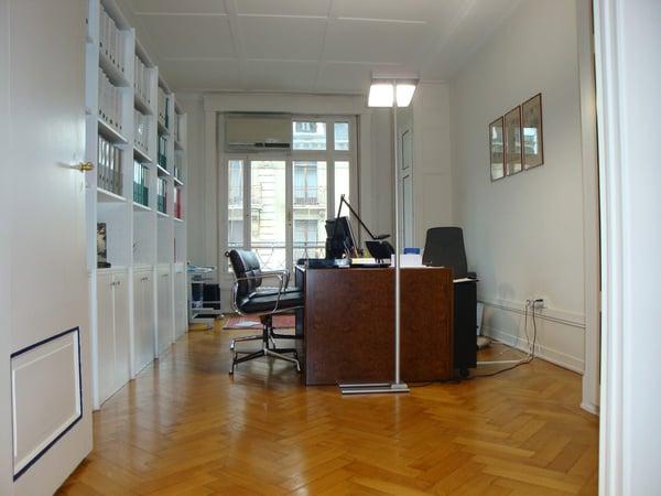 Magnifiques bureaux traversants au coeur des rues basses genève