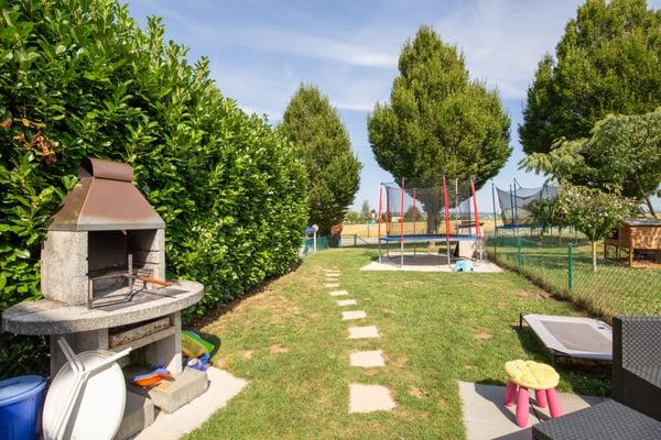 Magnifique maison de 4.5 pièces, duplex et jardin de 190m2, Orbe ...