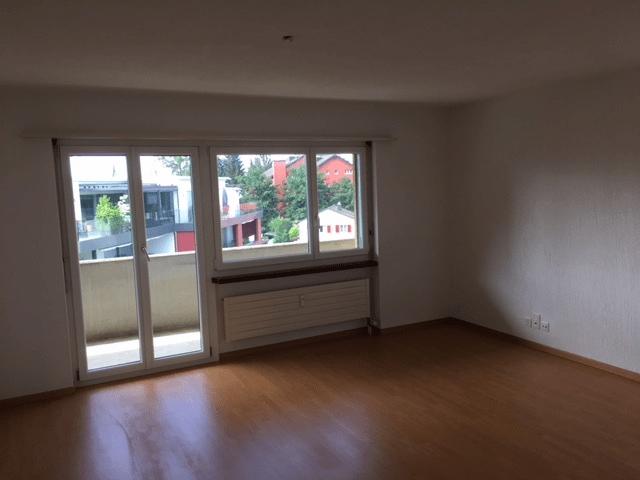 Miete: Zentrale Wohnung mit toller Aussicht