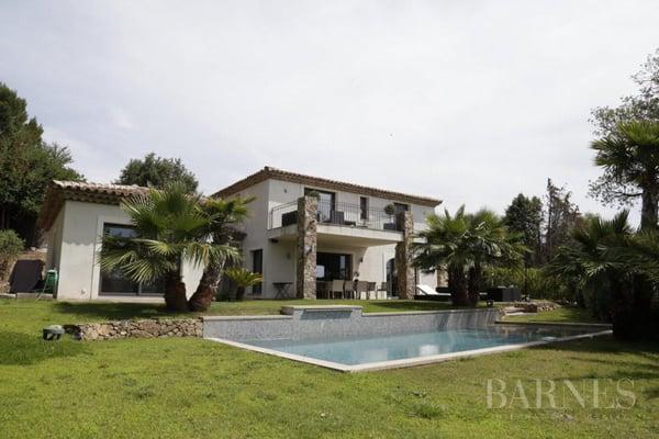 5-Zimmer Einfamilienhaus 83310 Grimaud kaufen - ImmoStreet.ch