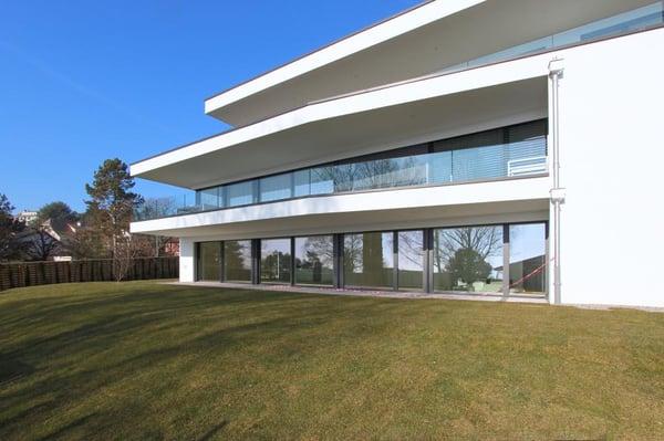 Bureau Architecture Pully : Green square architecture contemporaine jardin privatif pully