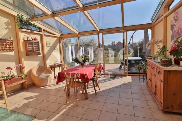 Charmante maison avec véranda et box., Bellevue | Reihenfamilienhaus ...