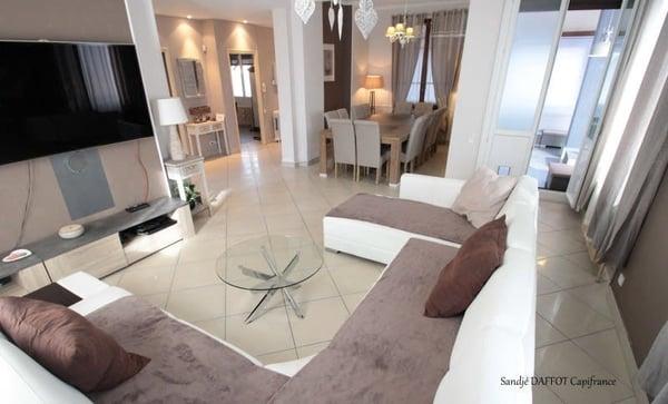 SEYSSINET PARISET - Grande maison moderne et lumineuse, SEYSSINET ...