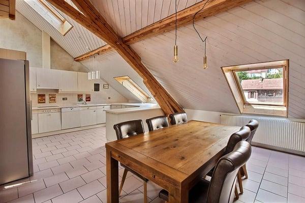 C\'est une demi-maison, cet appartement avec galerie 188 m2 + ...
